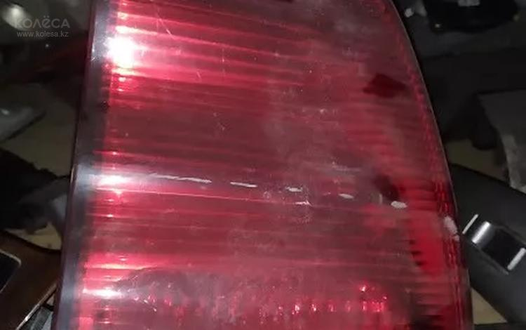 Фонарь крышки багажника правый за 12 000 тг. в Алматы