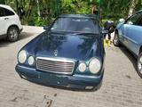 Mercedes-Benz E 280 1997 года за 3 000 000 тг. в Алматы