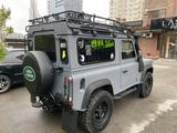 Land Rover Defender 2013 года за 15 000 000 тг. в Алматы – фото 3