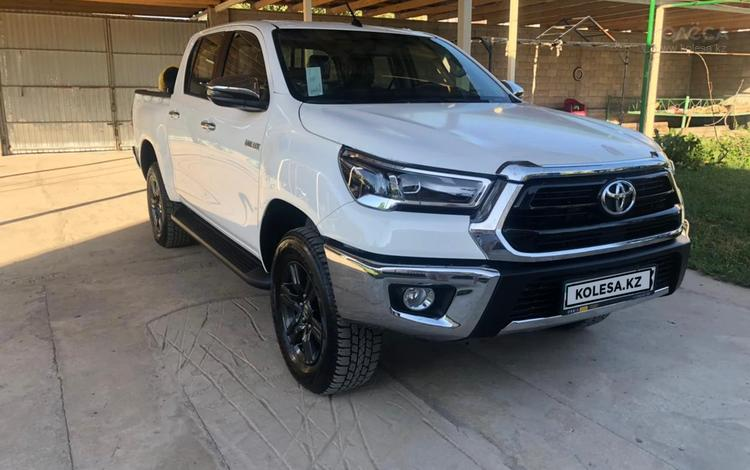 Toyota Hilux 2021 года за 21 000 000 тг. в Шымкент
