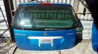 Крышка багажника 307 SW за 1 000 тг. в Алматы