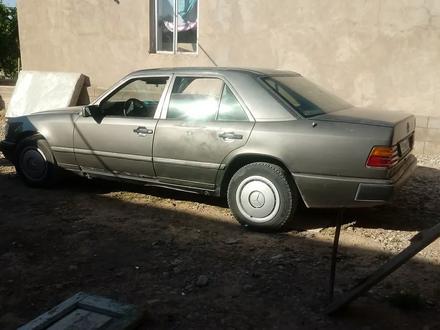 Mercedes-Benz E 200 1988 года за 800 000 тг. в Шымкент