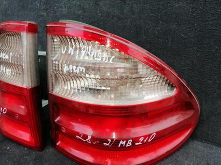 Задние фонари на Мерседес 210 за 20 000 тг. в Караганда – фото 3
