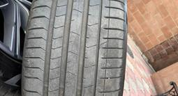Диски вместе с резиной Pirelli на BMW X5.275/45/20, 305/40/20 за 850 000 тг. в Алматы – фото 3