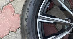 Диски вместе с резиной Pirelli на BMW X5.275/45/20, 305/40/20 за 850 000 тг. в Алматы – фото 4
