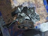 Гидроусилитель руля subaru outback legacy за 15 000 тг. в Алматы