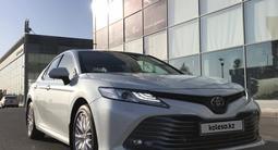Toyota Camry 2020 года за 16 800 000 тг. в Шымкент
