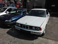 Капот узкий на BMW E34 5-серия 1987-1996 за 24 000 тг. в Тараз