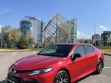 Toyota Camry 2021 года за 18 100 000 тг. в Алматы – фото 2