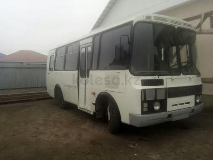 ПАЗ  3205 2003 года за 800 000 тг. в Атырау – фото 2