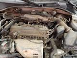 Toyota Avensis 2002 года за 999 999 тг. в Атырау – фото 4