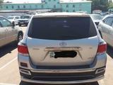 Toyota Highlander 2011 года за 11 500 000 тг. в Усть-Каменогорск – фото 3