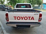 Toyota Hilux 2015 года за 12 700 000 тг. в Алматы – фото 4