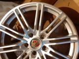 Новые Диски Porsche Cayenne 2015 за 300 000 тг. в Алматы – фото 2