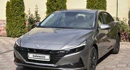 Hyundai Elantra 2021 года за 11 500 000 тг. в Алматы – фото 2