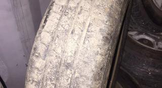 Резина 175/65/14 с дисками Nissan note E11 за 40 000 тг. в Караганда