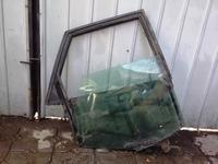 На AUDI 80 дверная рамка со стеклом за 7 000 тг. в Алматы