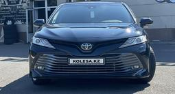 Toyota Camry 2019 года за 15 500 000 тг. в Павлодар – фото 2