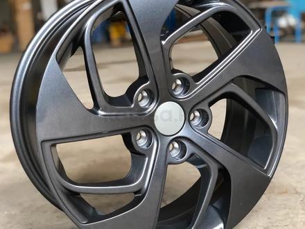 Новые диски на Hyundai Tucson r17 5*114, 3 за 150 000 тг. в Алматы – фото 2