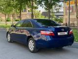 Toyota Camry 2006 года за 5 900 000 тг. в Шымкент – фото 3
