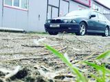 BMW 528 1998 года за 3 200 000 тг. в Алматы