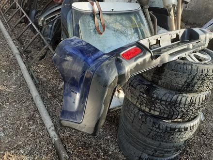 Задний бампер на Honda CR-V за 30 000 тг. в Алматы – фото 2