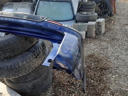 Задний бампер на Honda CR-V за 30 000 тг. в Алматы – фото 3