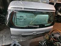 Toyota Matrix Крышка багажника Оригинал за 1 300 тг. в Алматы