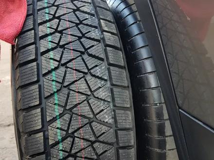 Шины Bridgestone 235/65/r17 DMV2 за 50 000 тг. в Алматы – фото 3