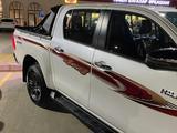 Toyota Hilux 2021 года за 18 200 000 тг. в Актау – фото 2