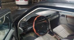 Mercedes-Benz E 200 1986 года за 950 000 тг. в Жетысай