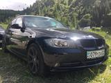 Капот BMW 330 E90 за 65 000 тг. в Алматы – фото 2