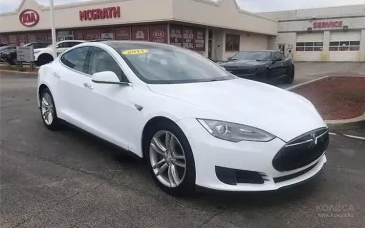 Tesla Model S 2013 года за 17 430 000 тг. в Алматы