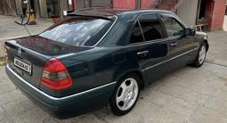Chevrolet Captiva 2013 года за 6 150 000 тг. в Алматы – фото 4