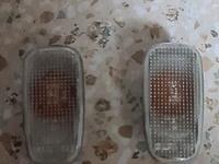 Комплект оригинальных передних Повторителей на Лендкрузер 200 за 10 000 тг. в Алматы