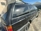 Volkswagen Passat 1991 года за 1 100 000 тг. в Семей – фото 2