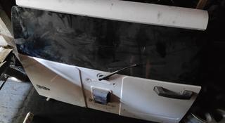 Дверь багажника за 140 000 тг. в Алматы