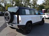 Land Rover Defender 2021 года за 45 900 000 тг. в Алматы – фото 2