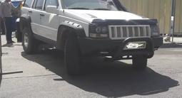 Jeep Grand Cherokee 1998 года за 2 800 000 тг. в Алматы – фото 2