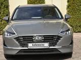 Hyundai Sonata 2021 года за 14 500 000 тг. в Алматы – фото 3