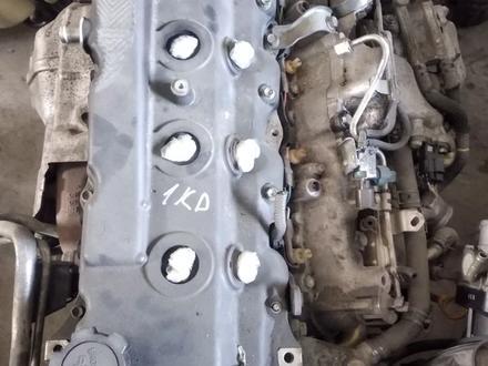 Двигатель на Тойоту Прадо за 100 000 тг. в Атырау