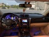 Toyota Camry 2015 года за 11 300 000 тг. в Жанаозен – фото 5