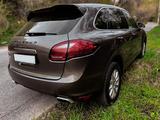 Porsche Cayenne 2011 года за 11 900 000 тг. в Алматы – фото 3