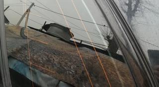 Заднее боковое стекло на крыло БМВ Е70 за 40 000 тг. в Алматы