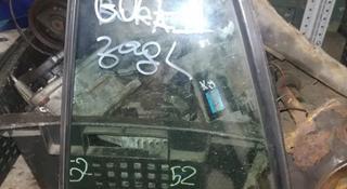 Форточки задние в дверь на Гольф 4 Golf 4 хэтчбек… за 4 000 тг. в Алматы