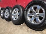 R 17 диски тойота прадо 120 с резиной 265-65-17 Bridgestone за 190 000 тг. в Алматы