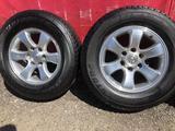 R 17 диски тойота прадо 120 с резиной 265-65-17 Bridgestone за 190 000 тг. в Алматы – фото 3
