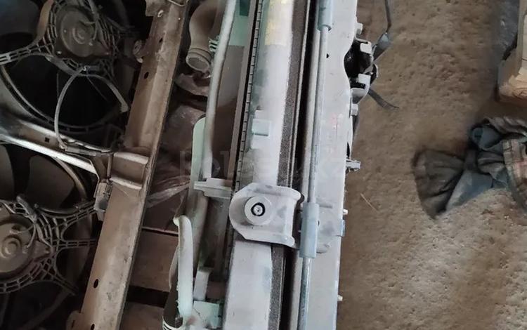 Радиатор охлаждения двигателя за 18 000 тг. в Алматы