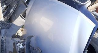Капот На Mitsubishi Pajero 3 за 70 000 тг. в Алматы