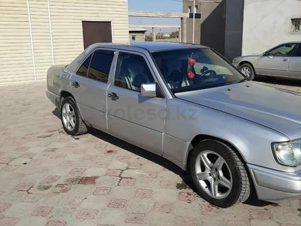 Mercedes-Benz E 230 1992 года за 1 300 000 тг. в Туркестан